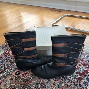 Vintage leather Gucci boots size 8 (38) black